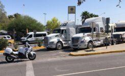 Transportistas bloquean y toman oficinas de tránsito