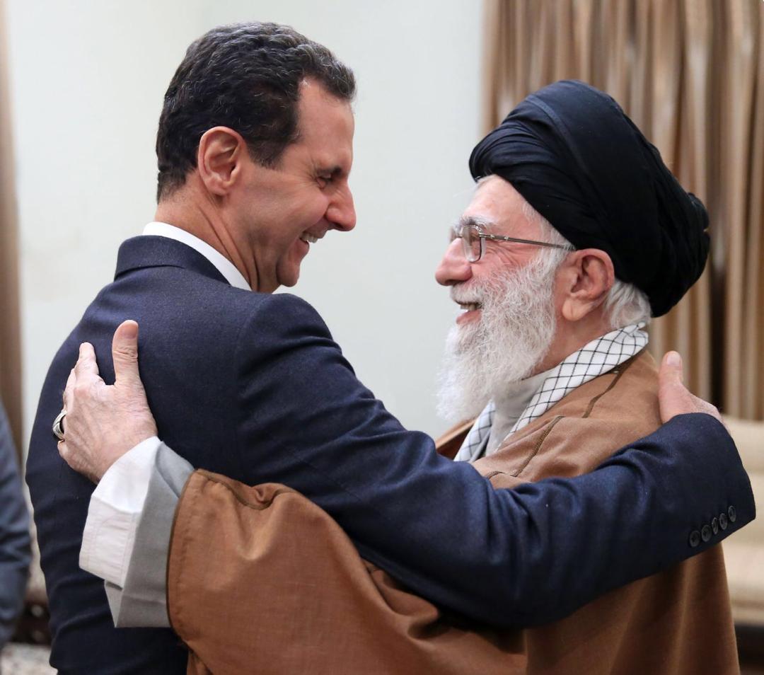 استقالة ظريف: سرقت الوهج من زيارة الأسد وسلّطت الضوء على التجاذبات بين المحافظين والإصلاحيين