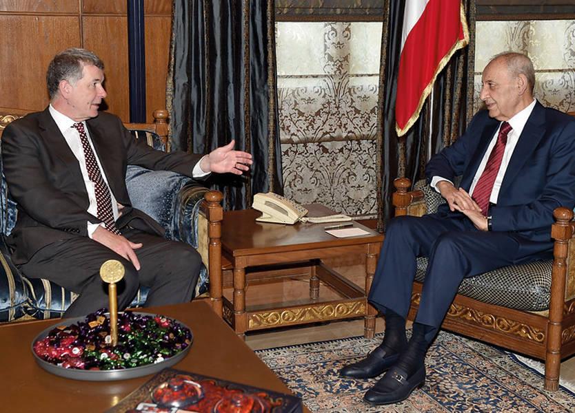 المدير العام للشؤون السياسية في وزارة الخارجية البريطانية ريتشارد مور في لبنان