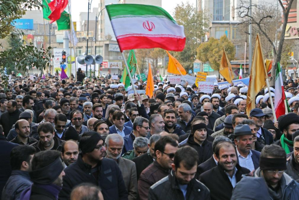 الموقف الإيراني من حراك 17 تشرين: لا للتشكيك بمطالب اللبنانيين... بل للبحث عن النقاط الملوّثة