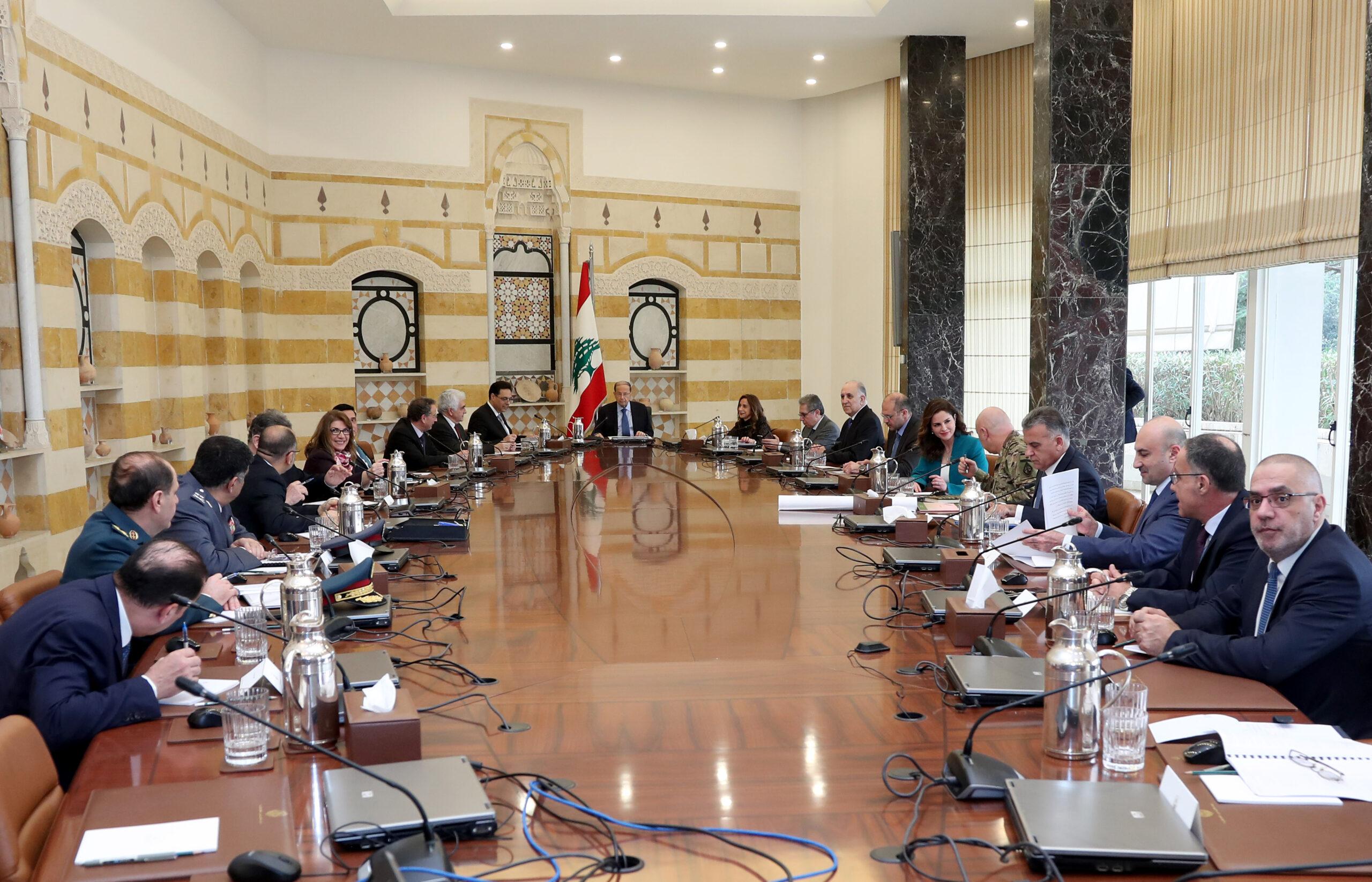 المجلس الأعلى للدفاع يعلن التعبئة العامة بشأن وباء كورونا