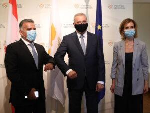 اللواء عباس ابراهيم مع وزير الداخلية القبرصي وسفيرة لبنان في قبرص كلود الحجل