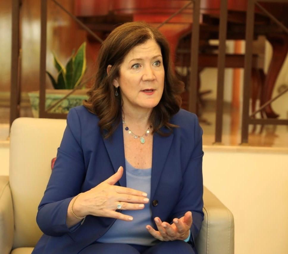السفيرة دوروثي شيا ردّا على باسيل: يمكن تسميته هو أو اي شخص آخر بموجب عقوبات أخرى في وقت لاحق!