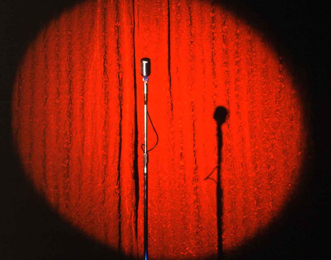 Catch a Show-Set the mood with laughter and love.  Atend a show Go see your favorite comedian, band, poetry, jazz, etc. Find a grown and sexy event where you can vibe and chill in a romantic atmosphere.