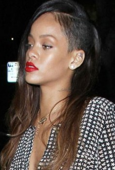 Back to her old way... Rihanna added extensions to add a spark to her new look