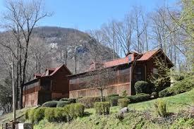Four Seasons Cottages