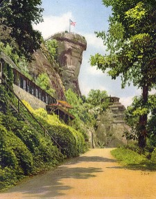 Cliff Dwellers Inn at Chimney Rock Park