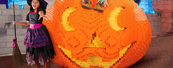 Checking out the best of Halloween Toronto 2016 for kids