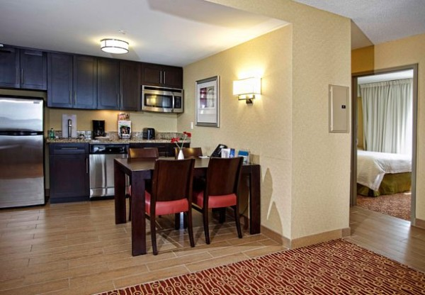 Towneplace Suites Kitchen