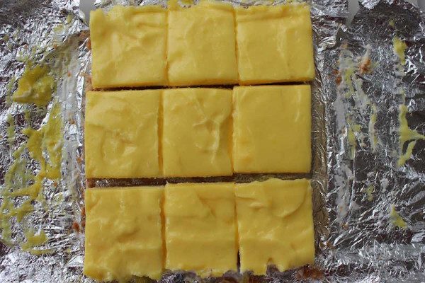 Easy to make and serve lemon squares!