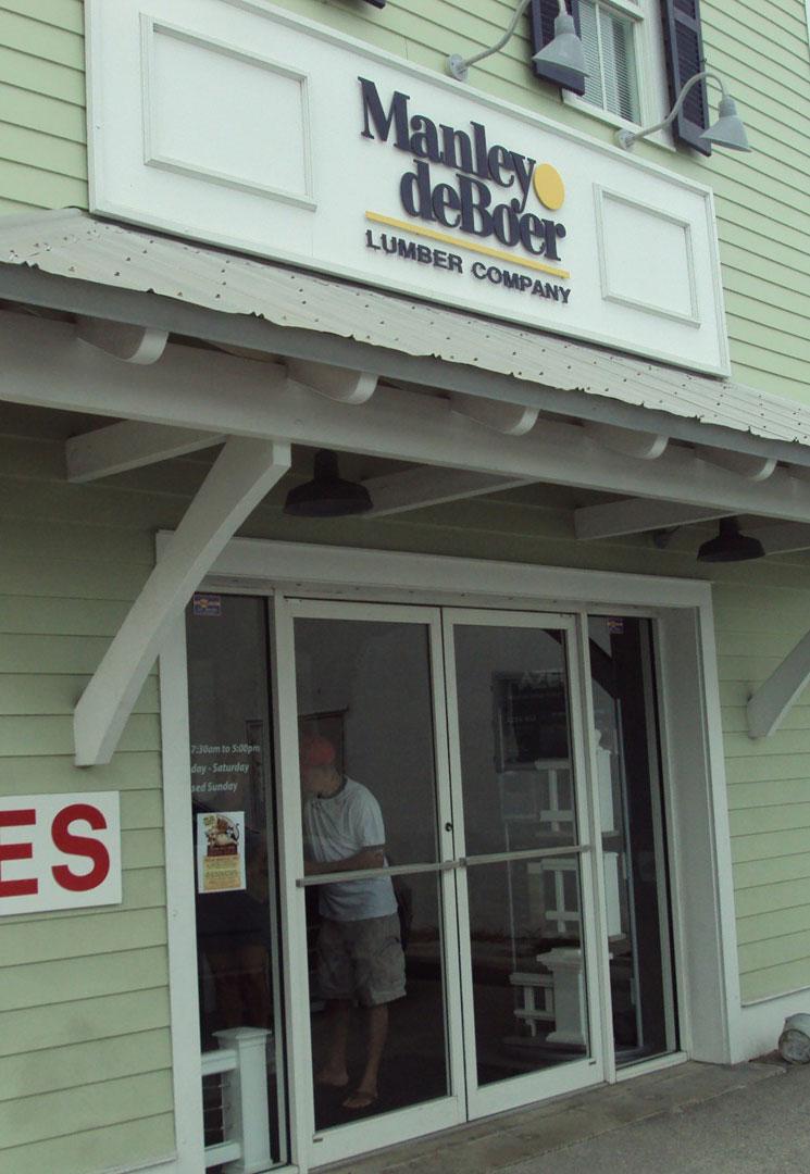 Manley deBoer Lumber Company - Building
