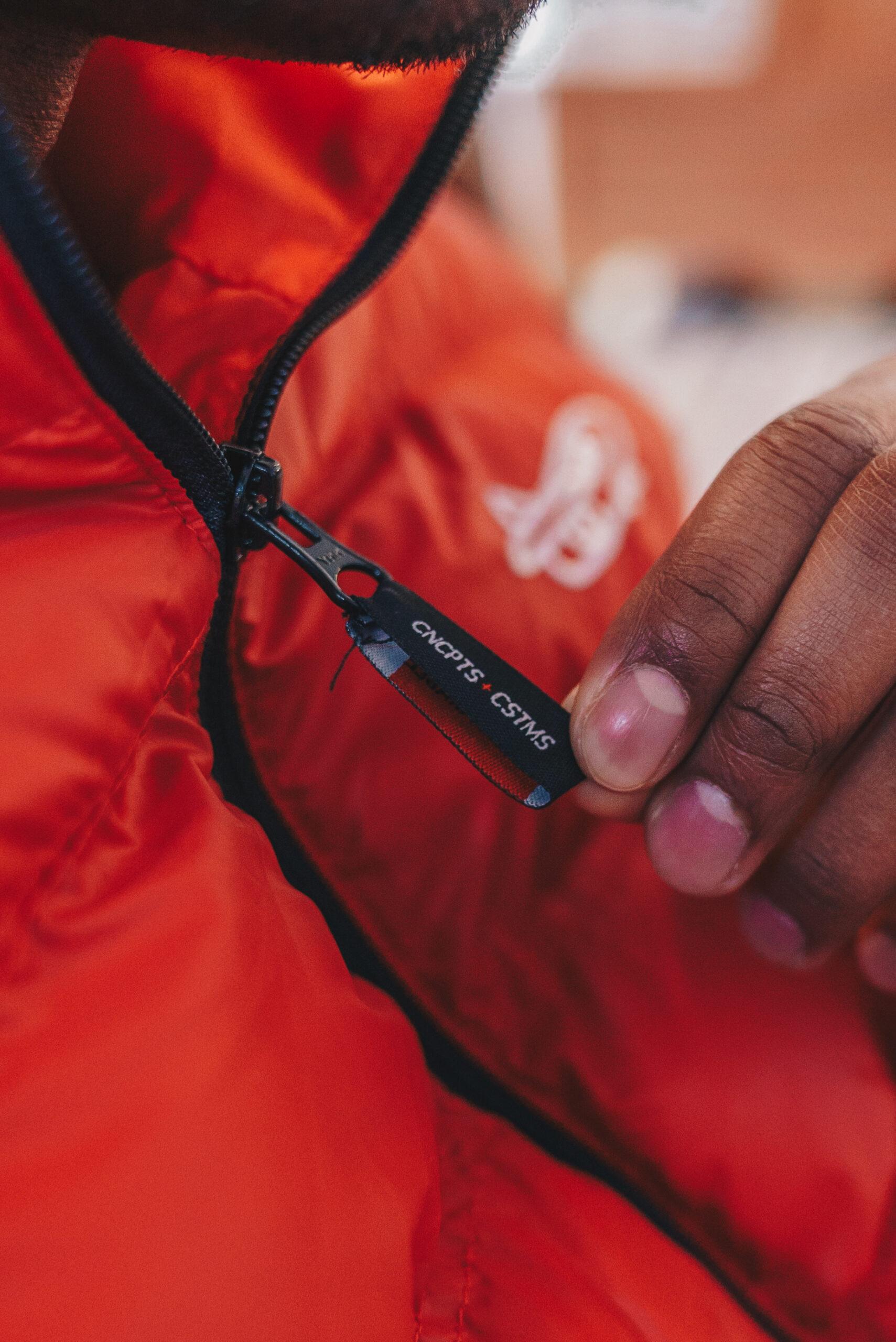 REd Puffer Zipper Pull
