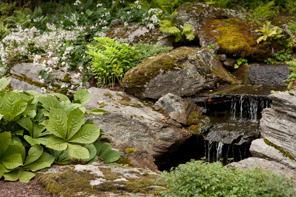 Berkshire-County-waterfall-garden