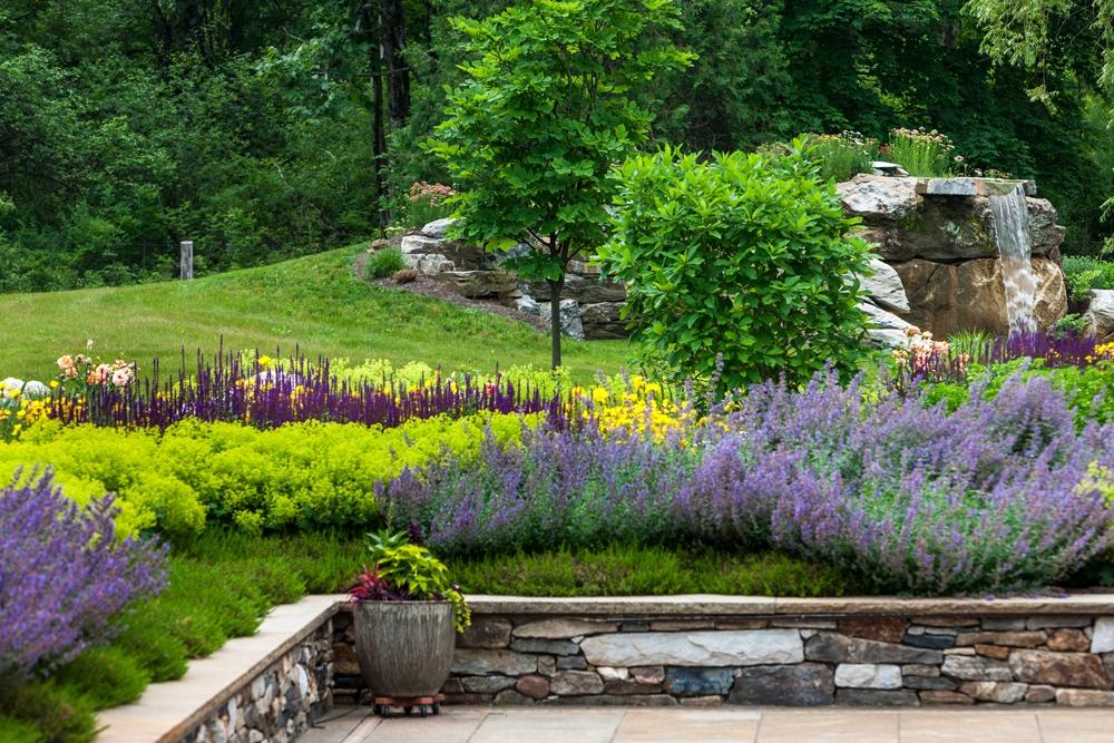 Berkshire-Garden-and-waterfall