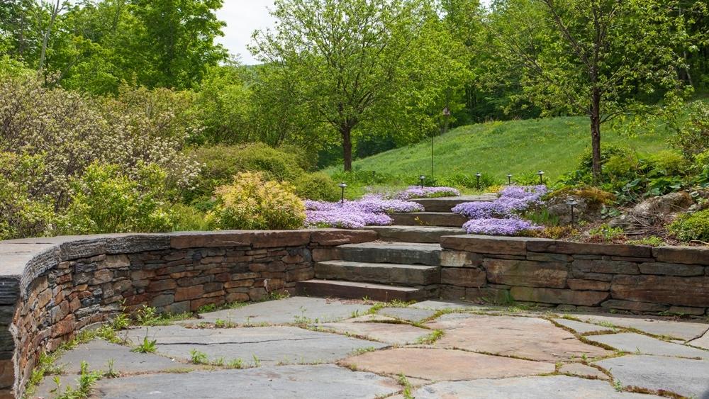 Goshen-retaingwall,-steps,-patio