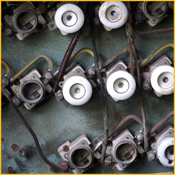 Wire Wix Electrician Services | Knob and Tube Removal | Content 2