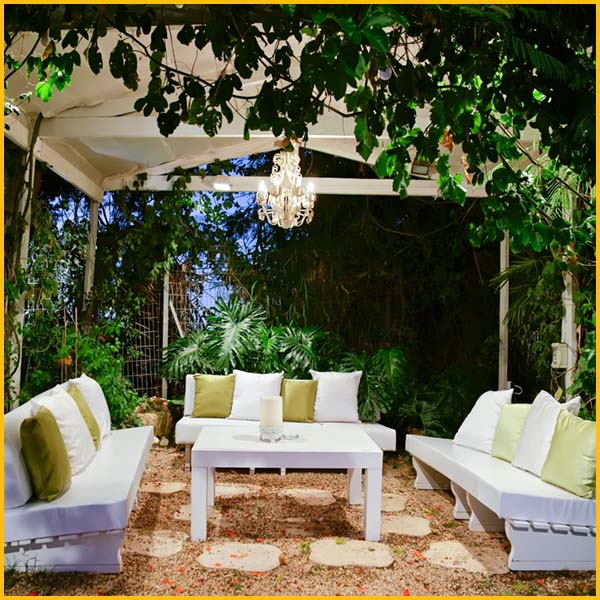 Wire Wiz Electrician Services | Outdoor and Motion Lighting | Content 8