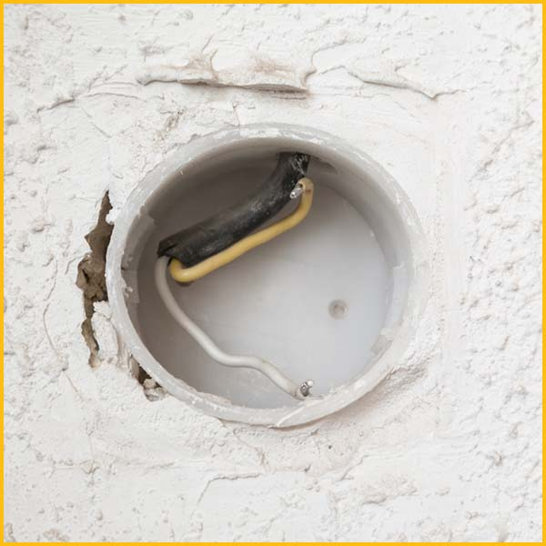Wire Wiz Electrician Services | Meter Socket Replacement | Content 1