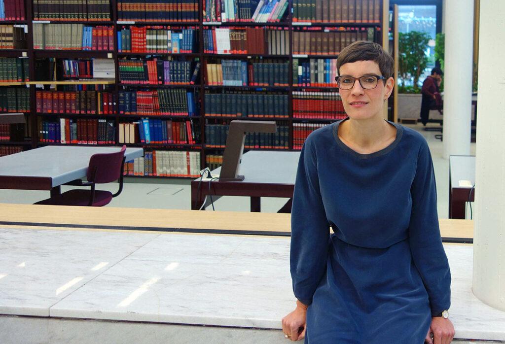 Kristin Wolter, encargada de las Relaciones Públicas y Gestión Cultural del Instituto Iberoamericano de Berlín en entrevista con Lado B erlin.