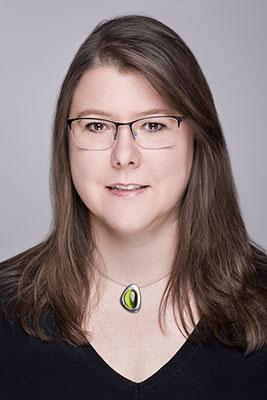Dra. Ulrike Mühlschlegel, directora del departamento de servicios al público en la biblioteca del Instituto Iberoamericano - Lado B erlin.