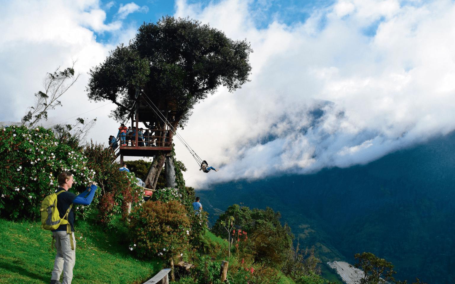 casa del arbol baños ecuador