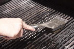 Healthy grilling tip: Clean that grill!