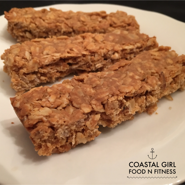 3 Ingredient Granola Bars! Simple, healthy and yummy!