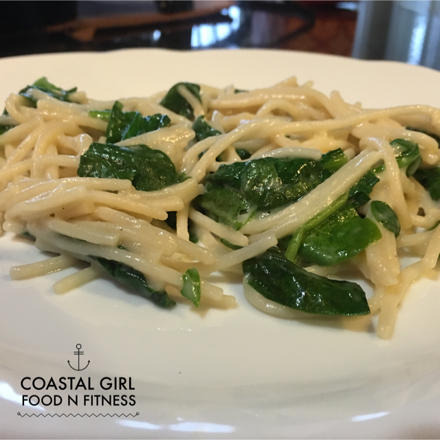5 Ingredient Spinach Parmesan Pasta - Quick, easy and healthy