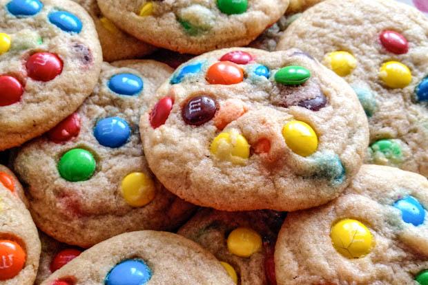 cookiessallys-baking-addiction-brown-butter-pretzel-mm-cookies----sallys-bhldnnvz