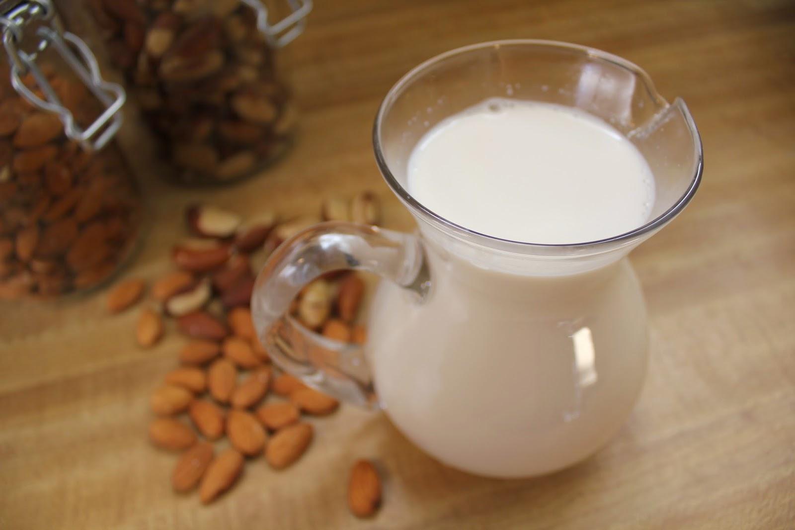 Making Fresh Almond Milk