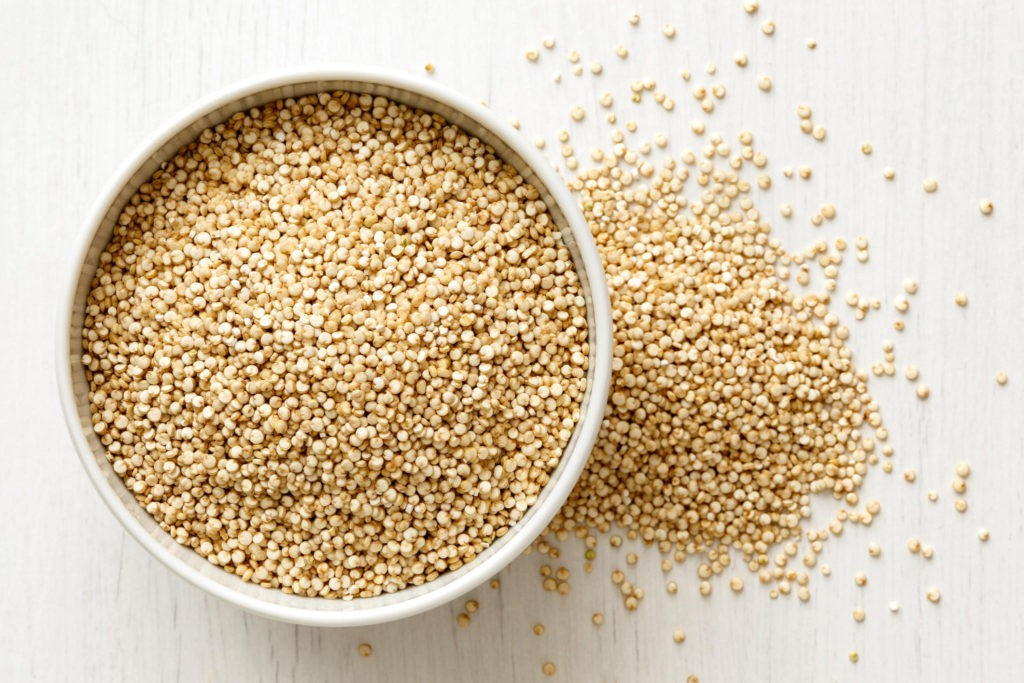 bowl of raw quinoa