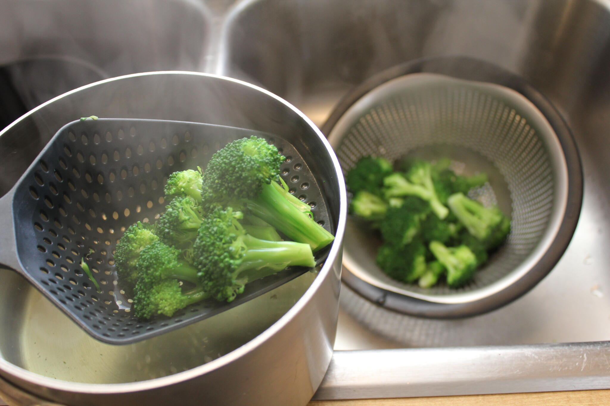 Vegetable Techniques – How to Cook Broccoli