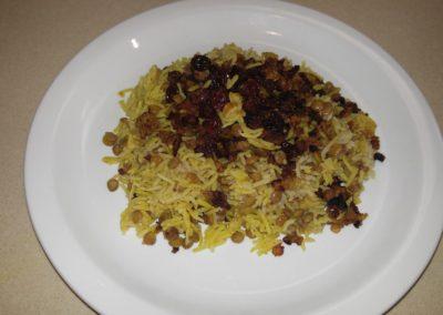 Lentil rice, beef and raisins