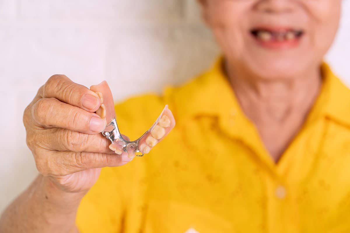 Solving Common Denture Problems