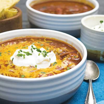 Simple Chili is a delicious weeknight recipe. It only takes about 30 minutes to prepare!   The Hungry Waitress