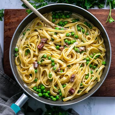 Fettuccine Alfredo with Pancetta and Peas