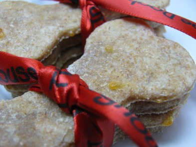 apple cheddar cheese dog treat/biscuit recipe