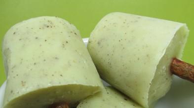 Yogurt Kiwi Popsicle Dog Treat Recipe