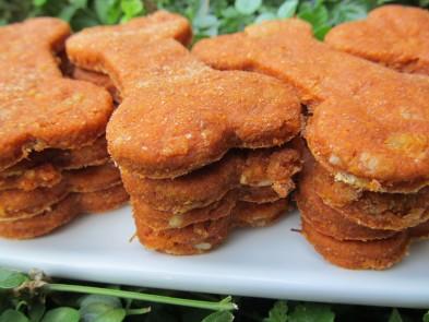 Creamy Tomato Chicken Dog Treat/Biscuit Recipe