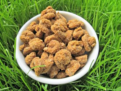 (wheat-free, vegan, vegetarian) banana cinnamon flaxseed dog treat/biscuit recipe