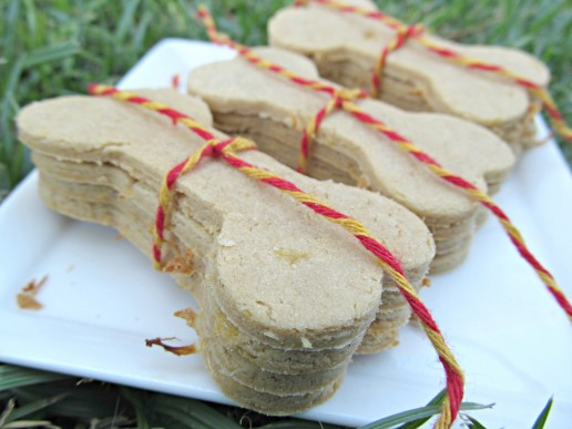 (gluten, wheat, dairy-free, vegan, vegetarian) pine-apple peanut butter dog treat/biscuit recipe