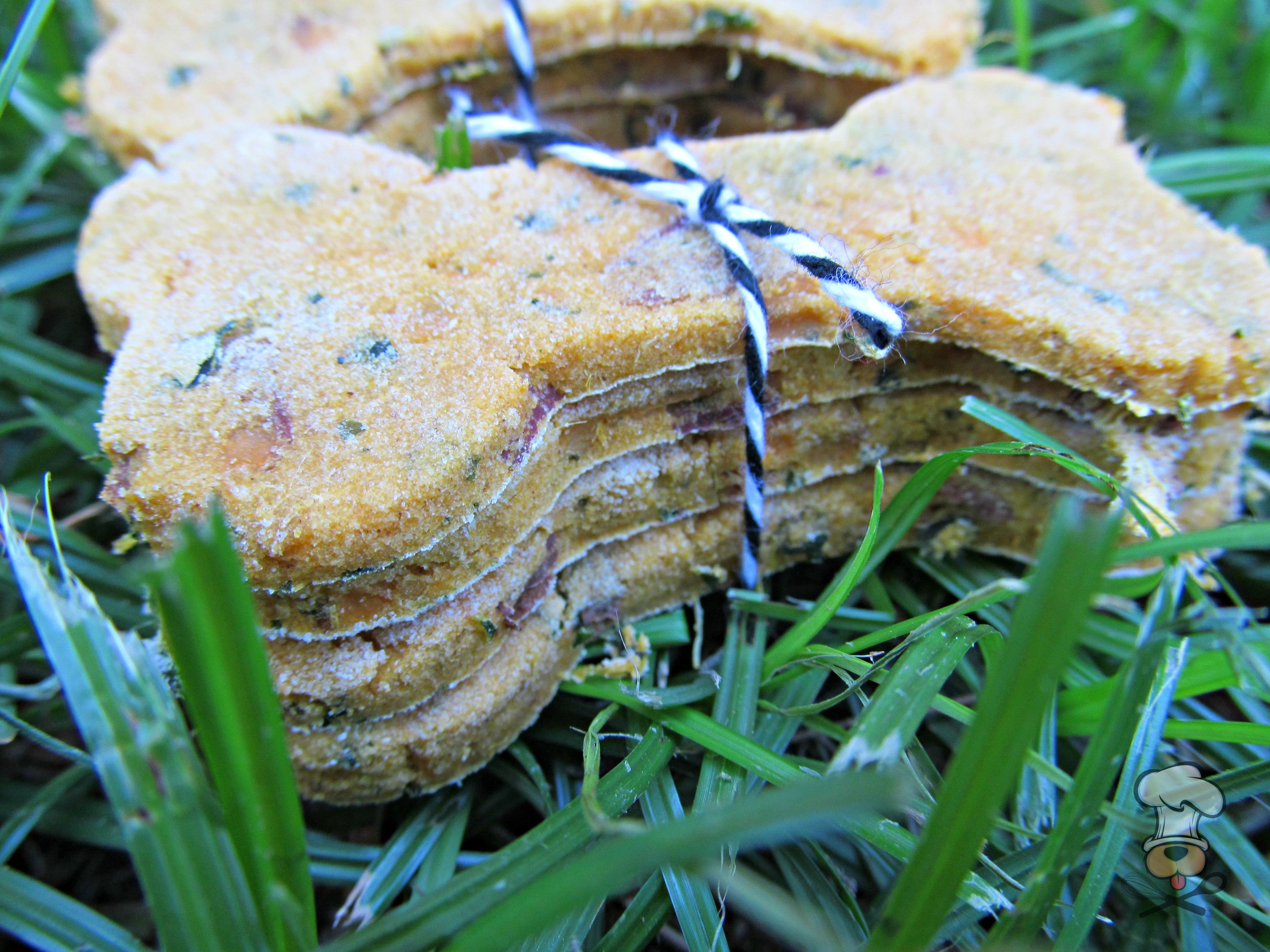 (wheat, gluten and dairy-free, vegan, vegetarian) sweet potato kale dog treat/biscuit recipe