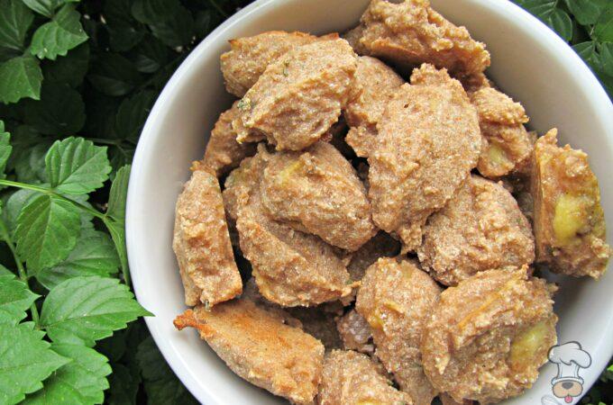 (dairy and wheat-free, vegan, vegetarian) apple banana dog treat/biscuit recipe
