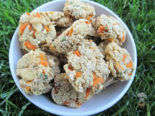 (dairy and wheat-free) carrot ginger chicken dog treat/biscuit recipe