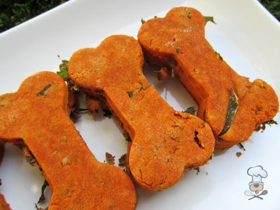 (wheat and gluten-free) cheesy tomato kale dog treat/biscuit recipe