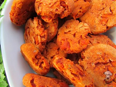 (gluten and wheat-free) tomato carrot dog treat/biscuit recipe