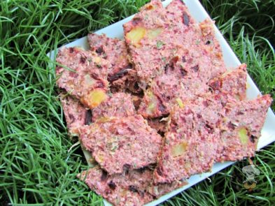 (wheat and dairy-free, vegan, vegetarian) pineapple beet mint dog treat/biscuit recipe