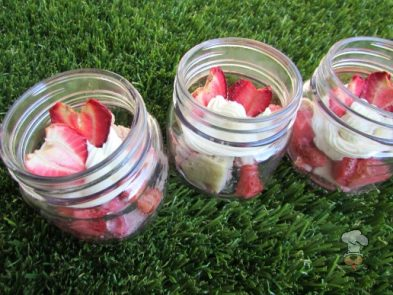 (wheat and gluten-free) mint cake stewed in strawberries dog treat/biscuit recipe