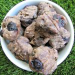 (wheat and dairy-free) blueberry beef liver dog treat/biscuit recipe