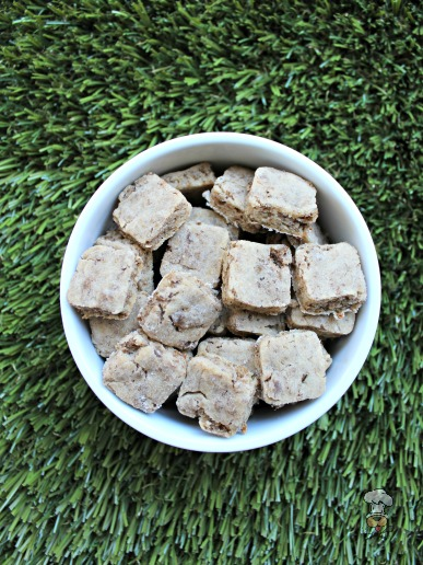 (wheat and gluten-free) goat cheese & turkey dog treat/biscuit recipe